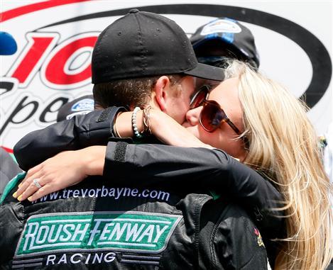 Late pass gives Trevor Bayne NASCAR Nationwide Series Iowa victory