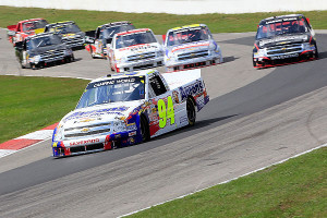 1ST-PIC-INSIDE-NASCAR_NCWTS_Chase_Elliott_9113