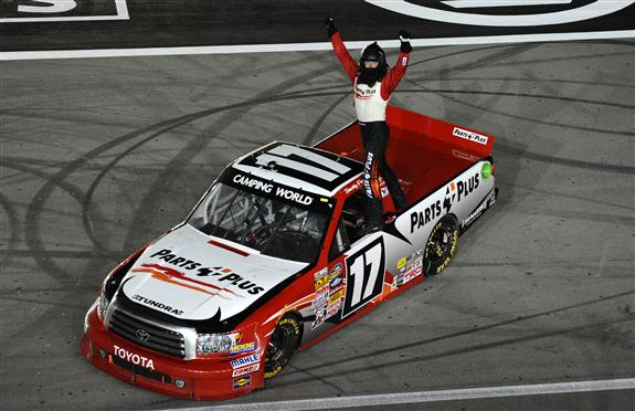 Ncwts Recap Number 17 Pays Off Big For Timothy Peters In Las Vegas