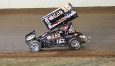 By Phillip Prichard using WoO Press Release:  Billy Moyer of Batesville, Ark., made a spectacular debut at the World of Outlaws World Finals, sweeping fast-time honors in both rounds of […]