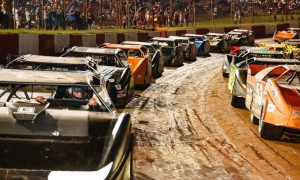 Dixie Speedway PRACTICE ALL DIVISIONS Saturday, March 29, 2014 Gates open 5 PM. Practice starts at 7 PM FREE Grandstand Admission $10 Trackside Parking $15 Pit Pass