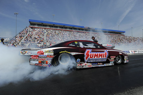 HIGHT, BROWN, ALUND AND HINES CLAIM WINS AT THE NHRA FOUR-WIDE NATIONALS