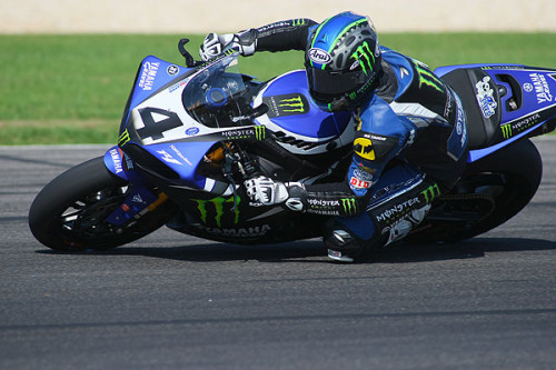 Josh Hayes uses his sixth sense, wins sixth Barber SuperBike race in a row