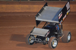 Terry Gray on his way to secsond win this year in USCS Series