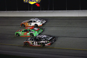 3-wide racin at its best!