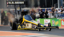 Don Schumacher Racing swept the nitro categories as Tony Schumacher (Top Fuel), and Matt Hagan (Funny Car) took home titles in the delayed Pep Boys NHRA Carolina Nationals Saturday at […]