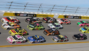 4-wide racing