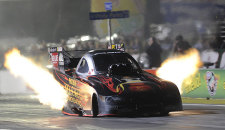 Matt Hagan and Andrew Hines also earn world championship titles; Hagan, Lucas and Arana Jr. score Auto Club NHRA Finals victories Erica Enders-Stevens became the first woman to win an […]