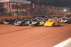 4-Wide Salute for the fans.