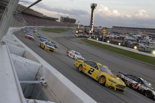 ATLANTA MOTOR SPEEDWAY OFFERING BUY ONE, GET ONE NASCAR WEEKEND FRONT STRETCH SEATS THROUGH JAN. 26
