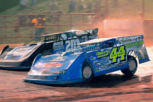 Clint Smith and Billy Ogle, Jr. battle for position