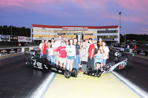 13-17 Jr Dragster winner Bailey Brown left side with family and friends
