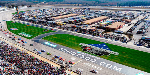 After a rough and tumble opening weekend for all three national touring series, the 2017 NASCAR season shifts 400 miles […]
