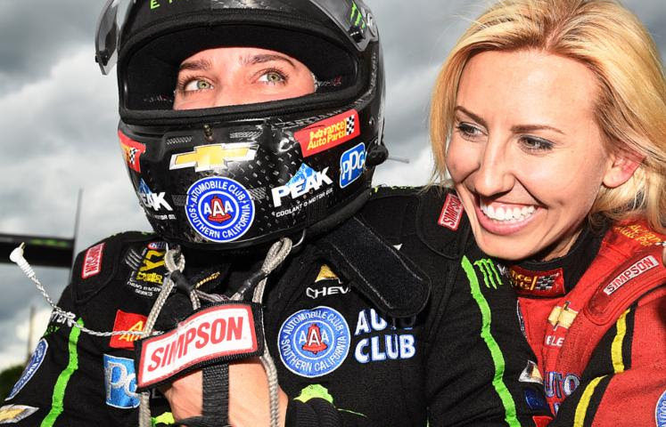 VICTORY! Brittany Force, Monster Energy team claw to New England Nationals winner's circle