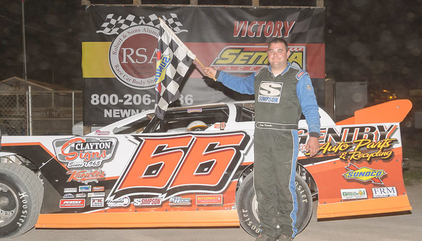 Wild Wrecks Steal the Show at Senoia Speedway