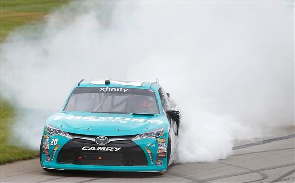 Denny Hamlin edges William Byron for NASCAR XFINITY win at Michigan