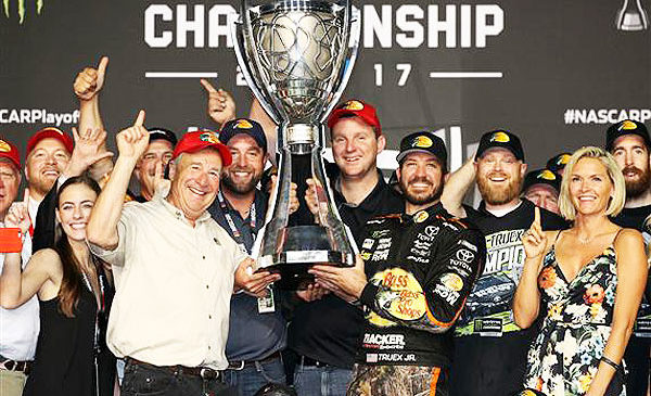 Martin Truex Jr. holds off Kyle Busch for Monster Energy NASCAR Cup Series title